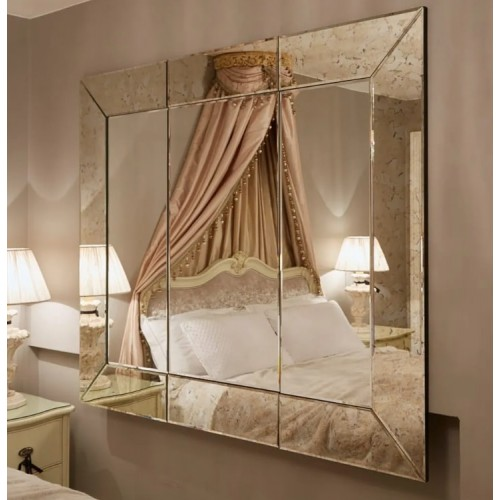 Зеркальное панно в спальню